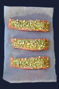 pistachio-crusted-salmon